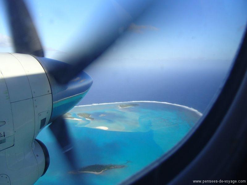 iles cook aitutaki vue d'en haut avion