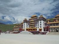 monastere-de-dzogchen-temple