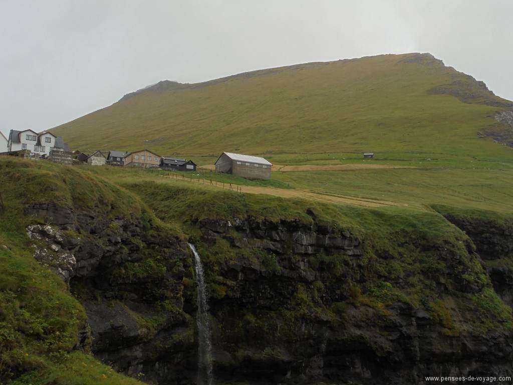mikladalur-village-kalsoy (3)