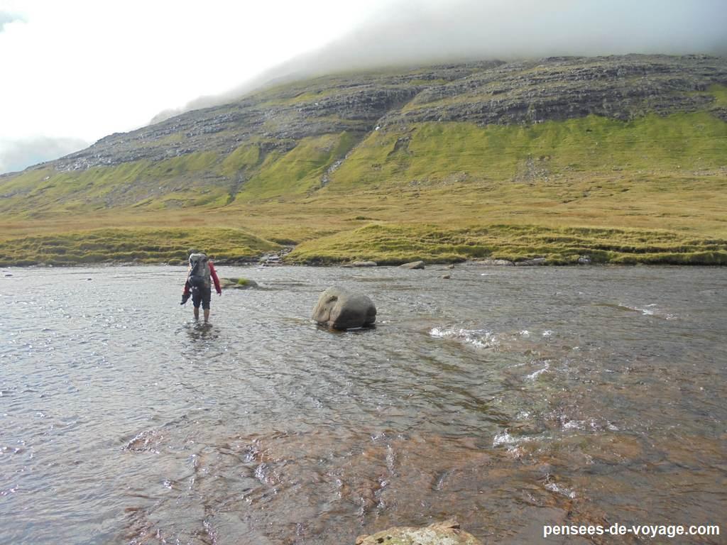 fjallavatn-slaettanes-gasadalur randonnee (29)