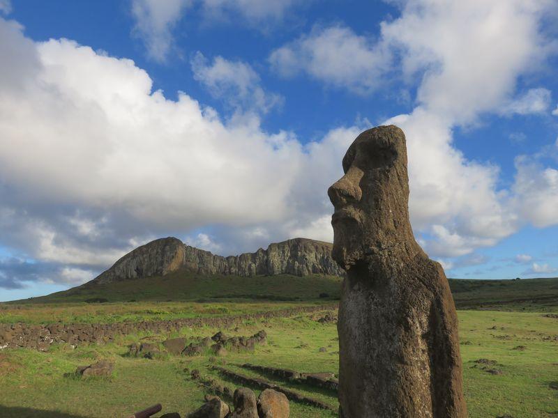 rano raraku cratere moai ile de paques