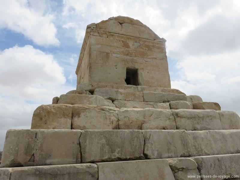 Pasargades  tombe de cyrus