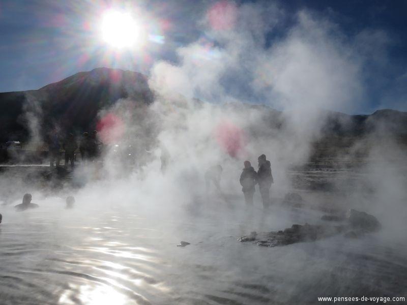 bains du geyser tatio au chili