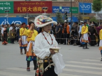 habit-traditionel-tibet-yushu-festival (1)