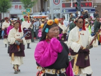 habit-traditionel-tibet-yushu-festival (3)