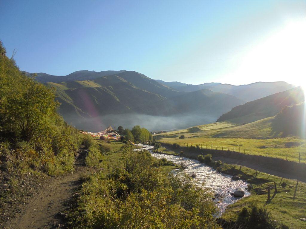 trek dzongsar palpung village handa