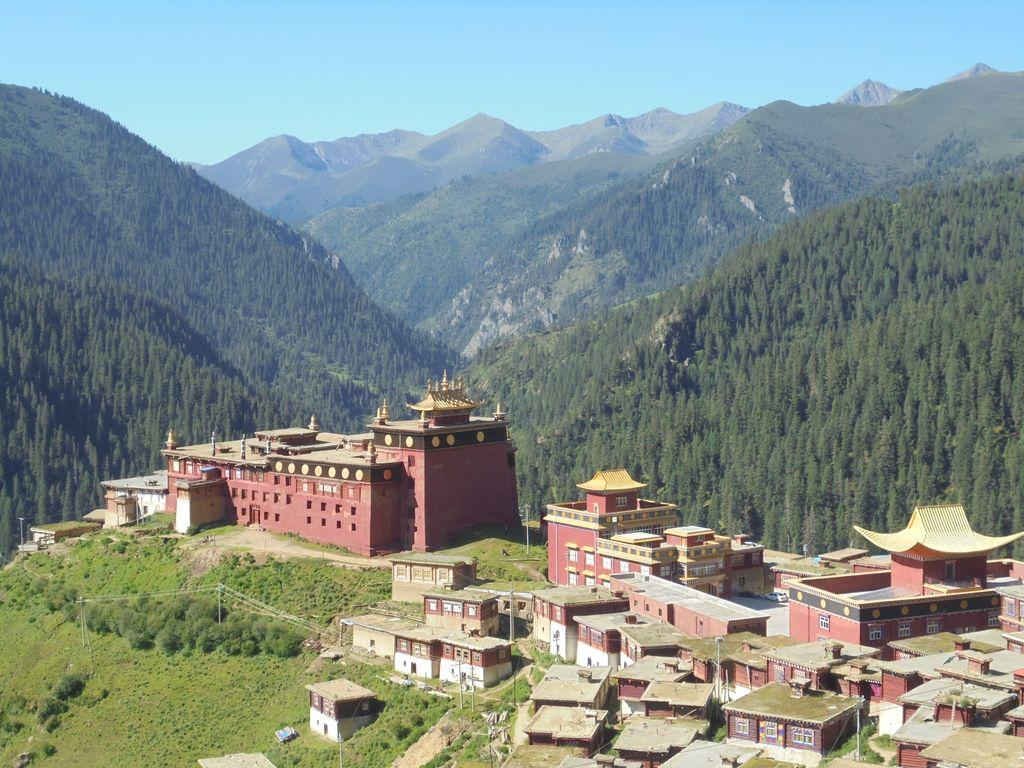 palpung monastery tibet trek dzongsar palpung