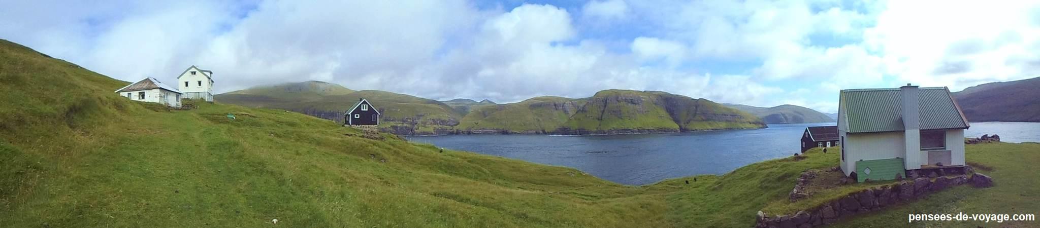panoramique village abandonne de slaettanes aux feroe