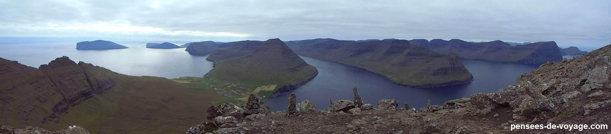 Vue panoramique sommet randonnee Feroe