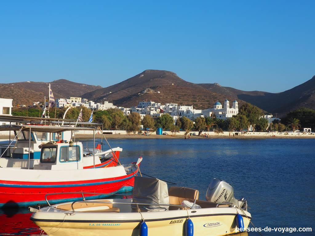 bateaux aux port de katapola