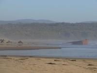 bateau abandonne  au parc ahuenco - chiloe