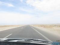 la route en Iran dans le desert