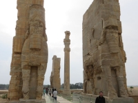 sculptures statues persepolis