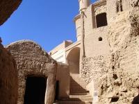 kharanaq minaret vacillant iran