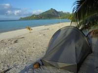 camper sur une ile en polynesie