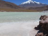lac et volcan de Piedras Rojas